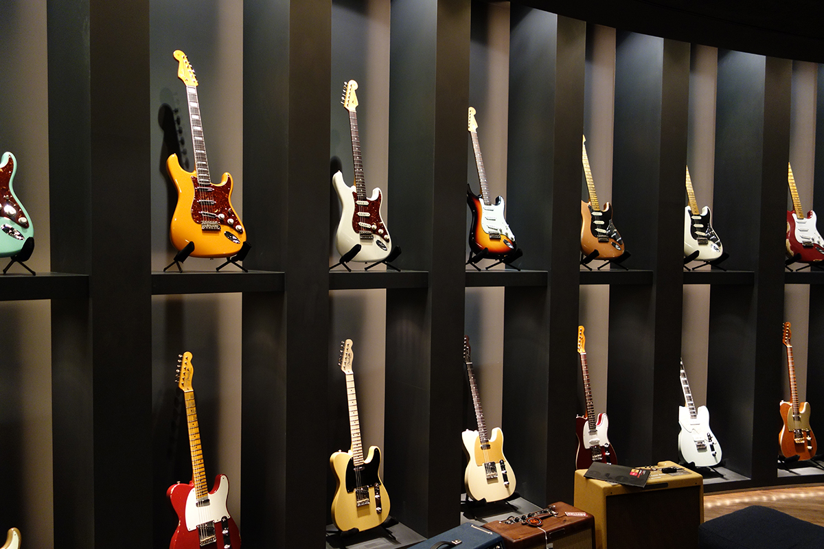 fender_music_backstage_01