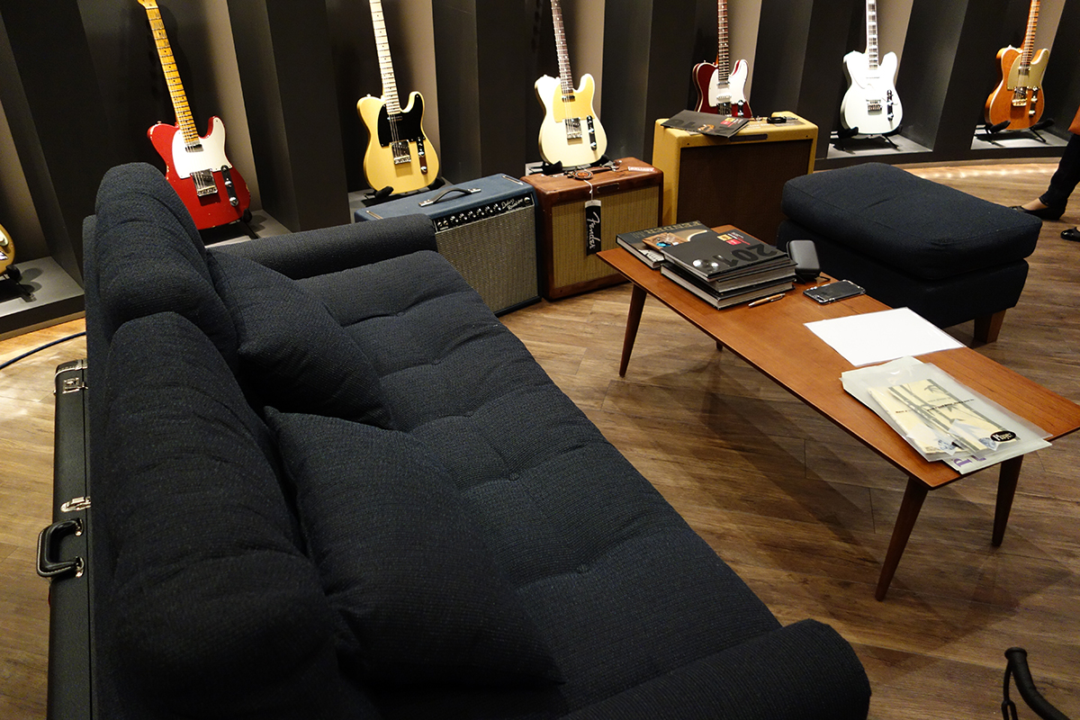fender_music_backstage_04